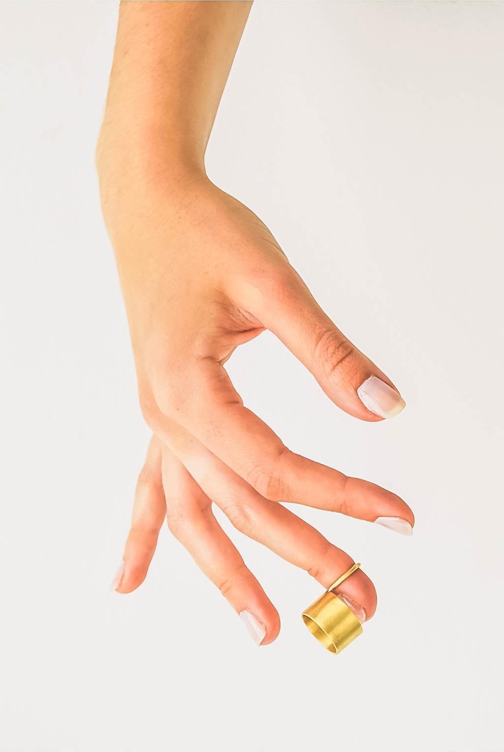 Bijou fait main en laiton à Limoges